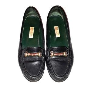 6ab4c1d713c Vintage Gucci women s loafers size 38 1 2